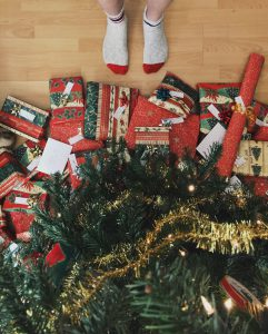 Regalos que decoran tu árbol de Navidad.