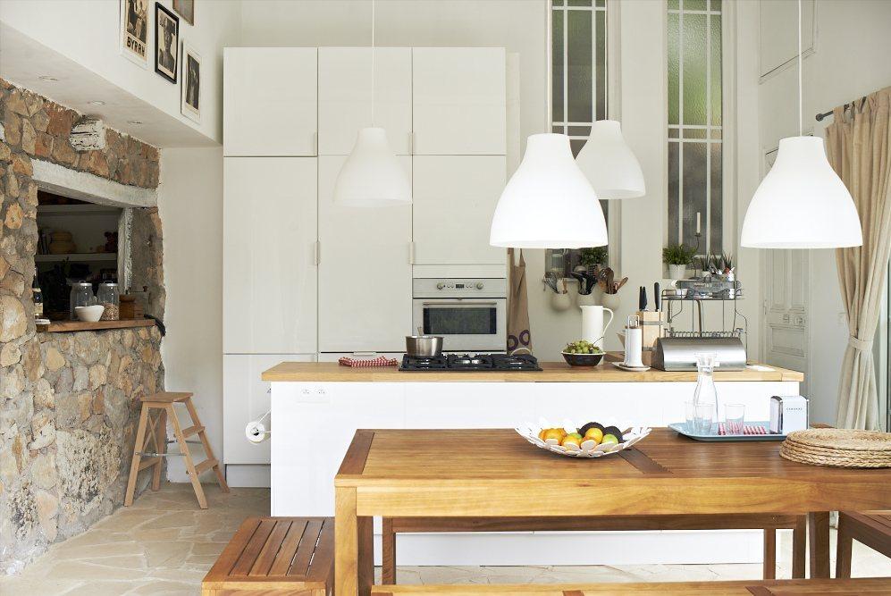 lámpara melodi que forma parte de las top ventas de Ikea para decorar tu casa