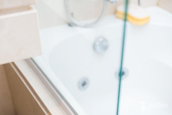 Limpiar la manpara de la ducha