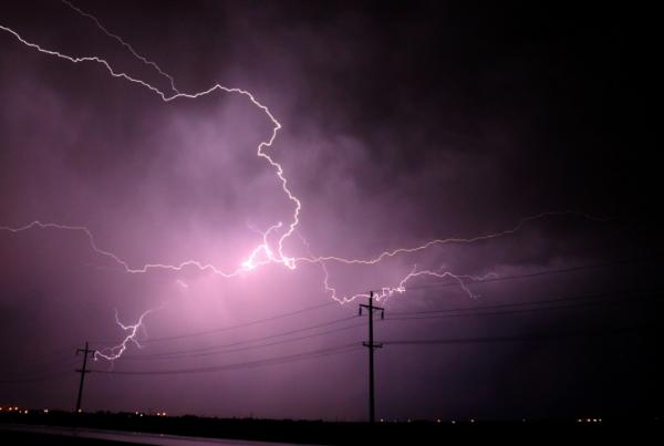 Reparaciones por tormentas eléctricas